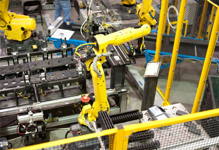 3 Uses Cases of Robotics in Electronics Manufacturing