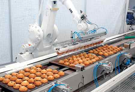 Five Ways on How Robotics is Used in the Food and Beverages Industry