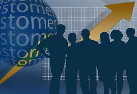 Leveraging CRM to Transform Leads Into Customers