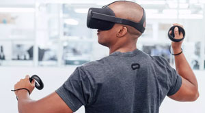Ways to Select the Right VR Headset for Enterprise Projects